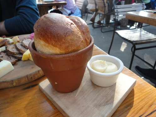 Pot o' Bread to start. THE. BEST. BREAD. I'VE. EVER. HAD.