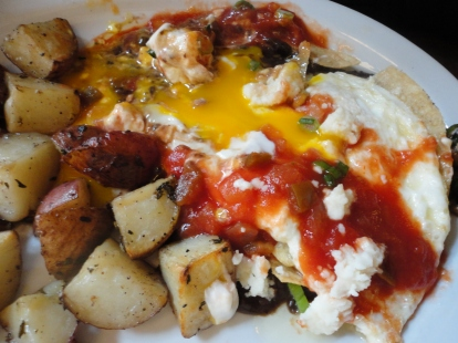 It was still a little early in the day so my brother ordered Huevos Rancheros. Muy Bueno!