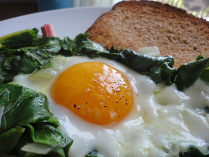 The rich yolk makes a lovely, lovely sauce
