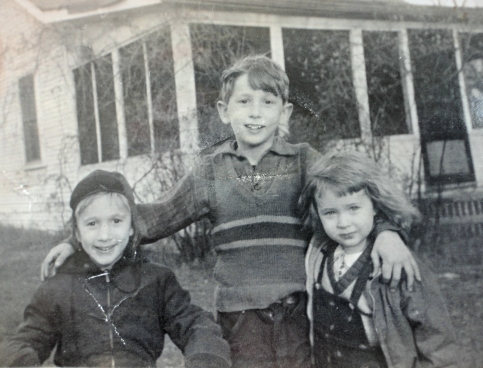 Lala with her brothers, Frank and Bruce